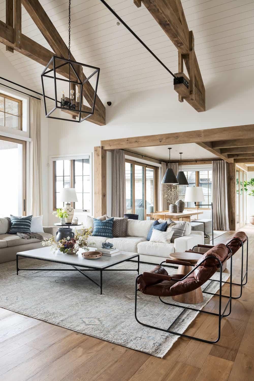 mountain-lake-house-living-room