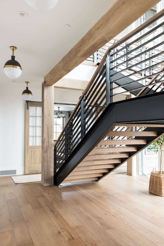 mountain-lake-house-staircase