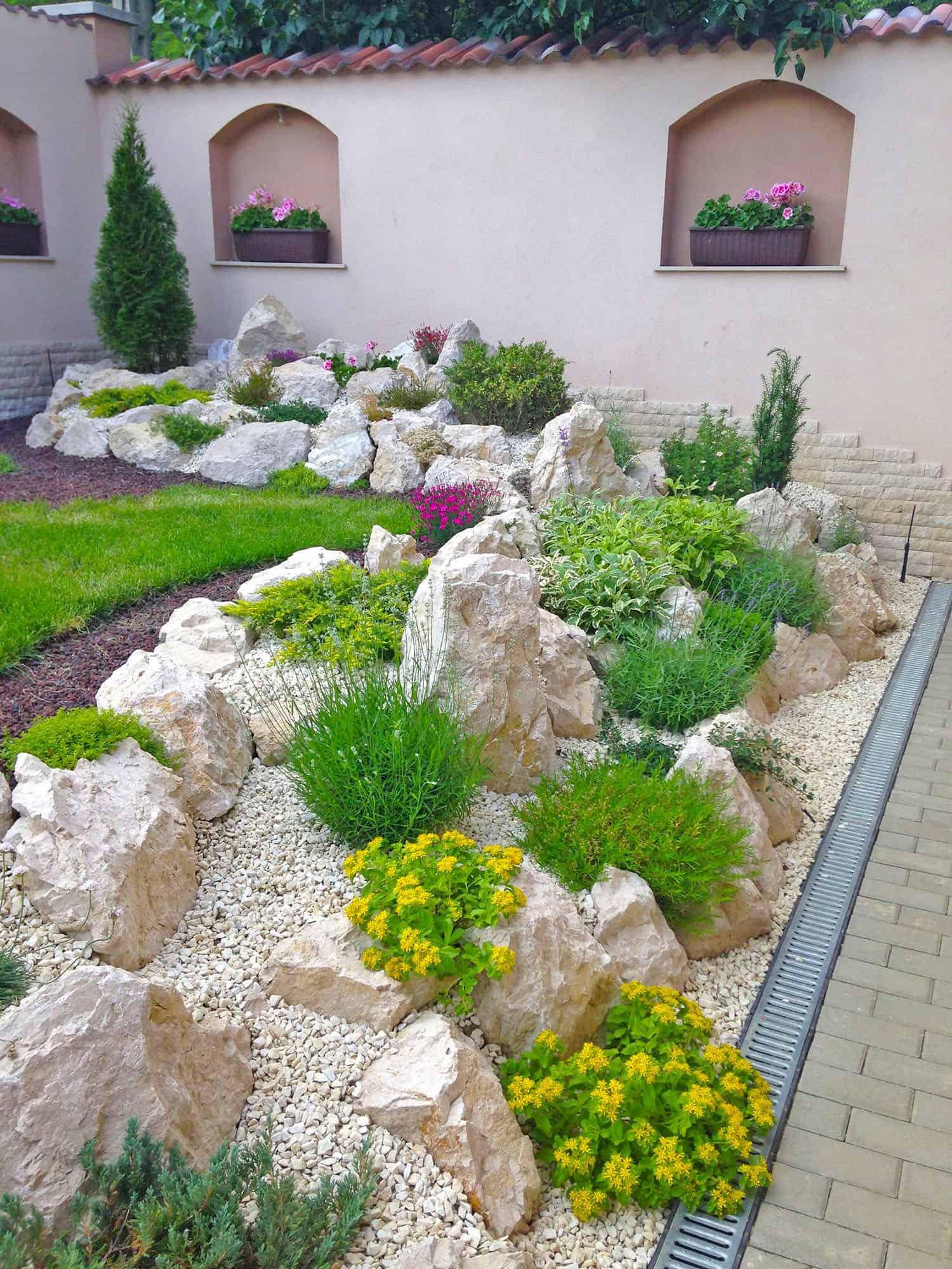 desert-rock-garden