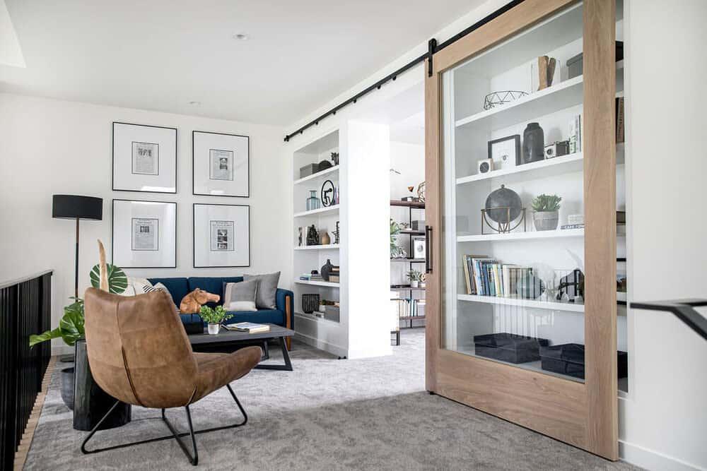 modern-farmhouse-sitting-room