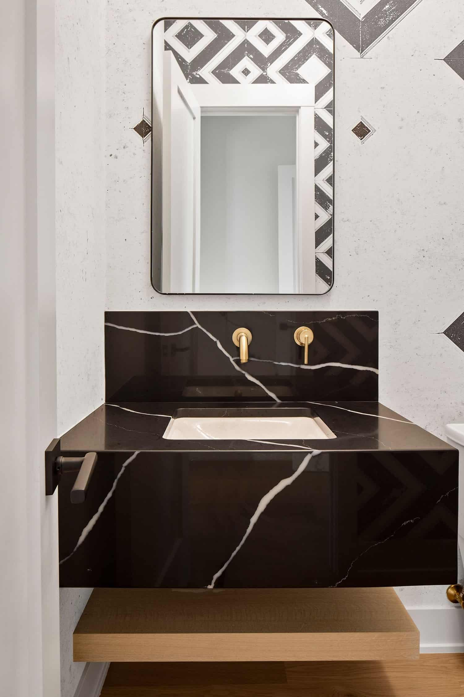 moderno-mediteranska-kupaonica