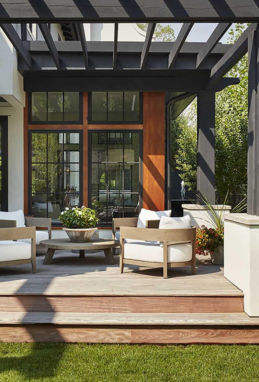 modern-mediterranean-patio