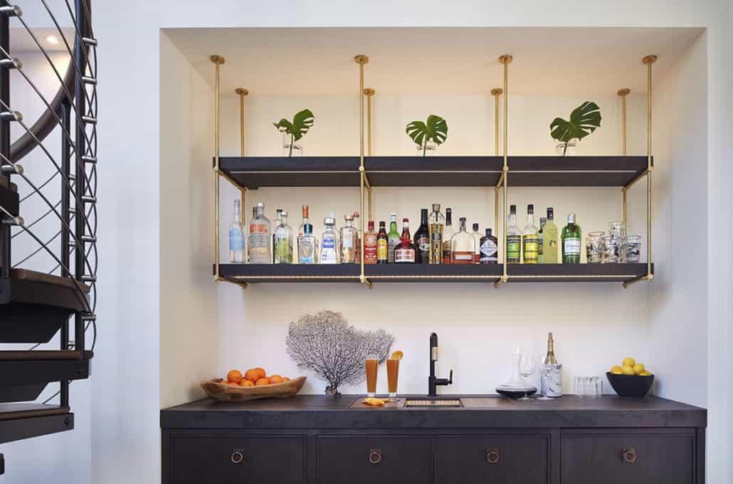 modern-mediterranean-home-bar