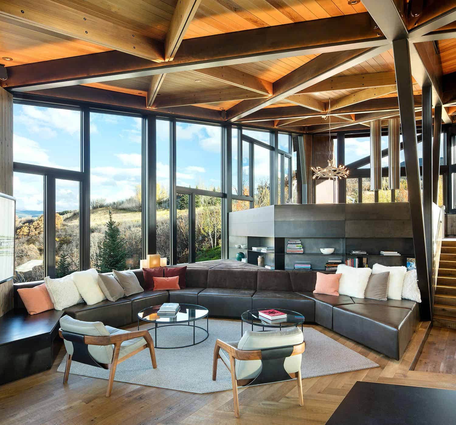 mountain-retreat-living-room