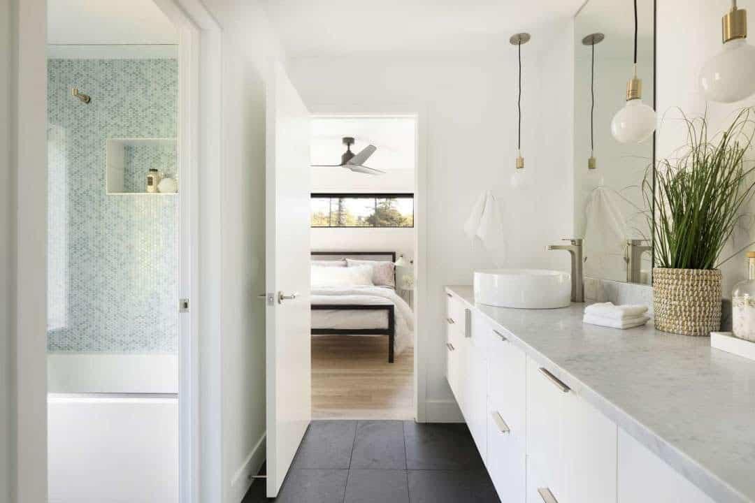 scandinavian-bathroom