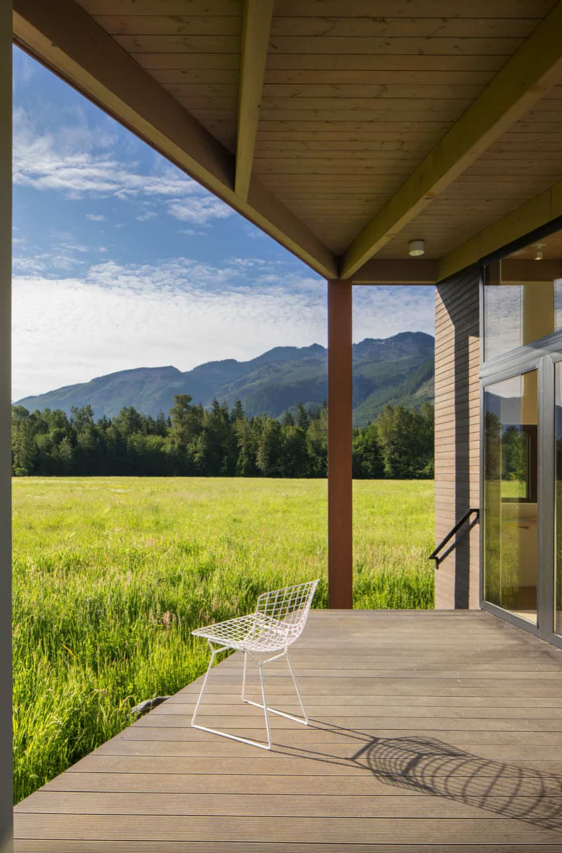 midcentury-exterior-porch-with-view