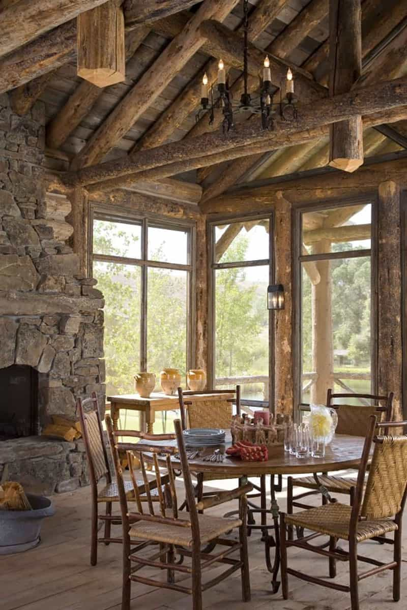 rustic-ranch-dining-room