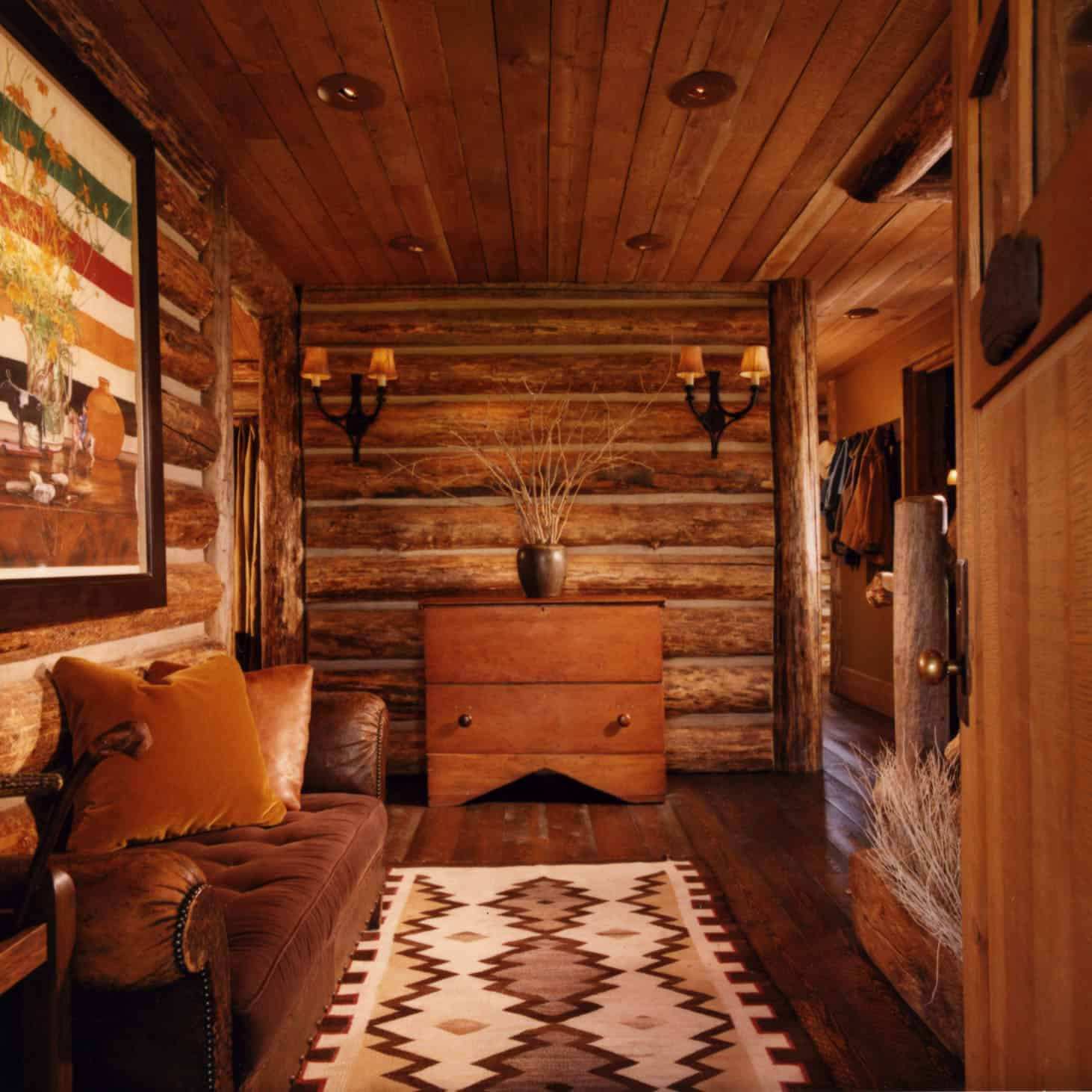 rustic-guest-cabin-entry-hall