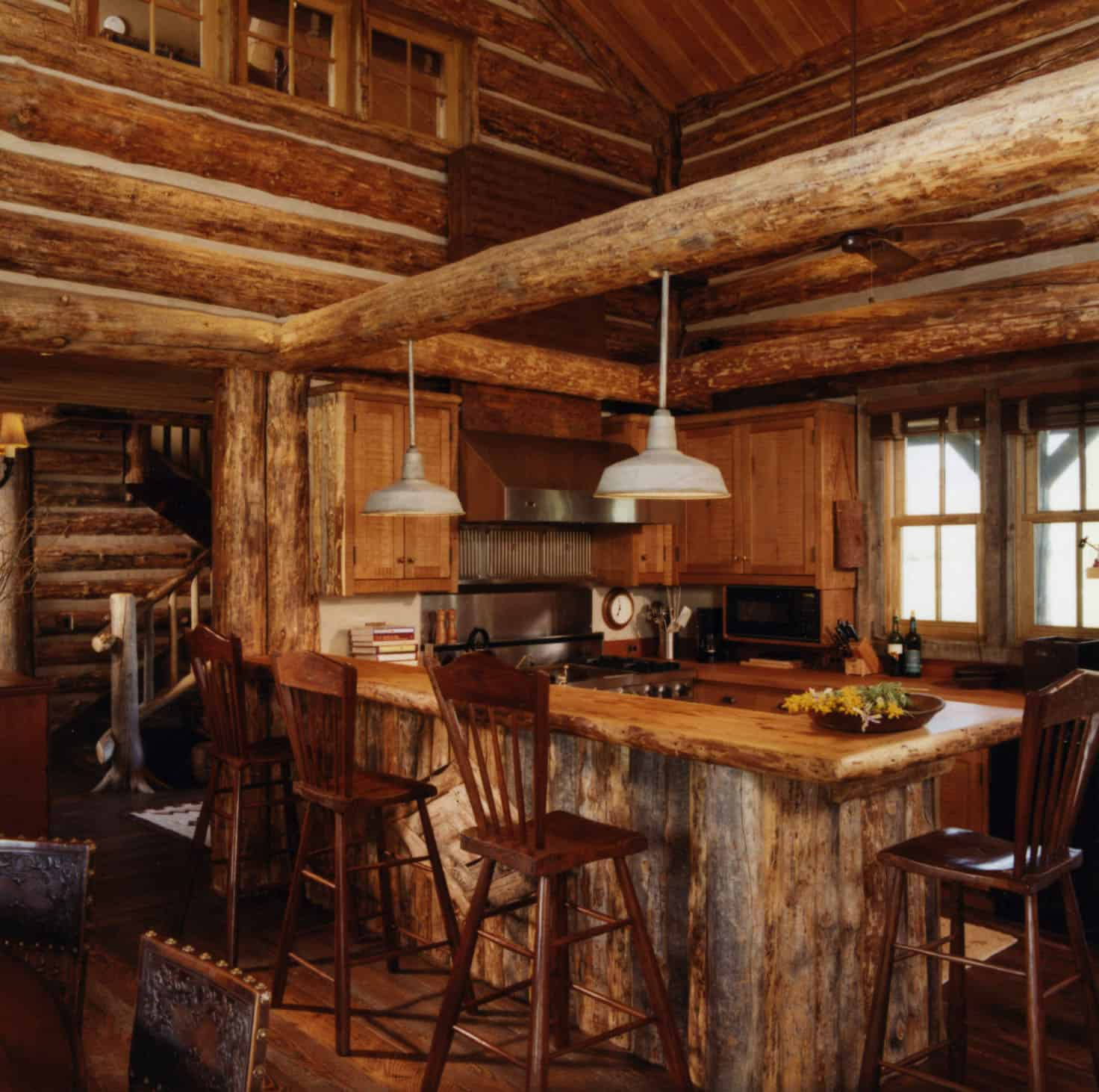rustic-guest-cabin-kitchen