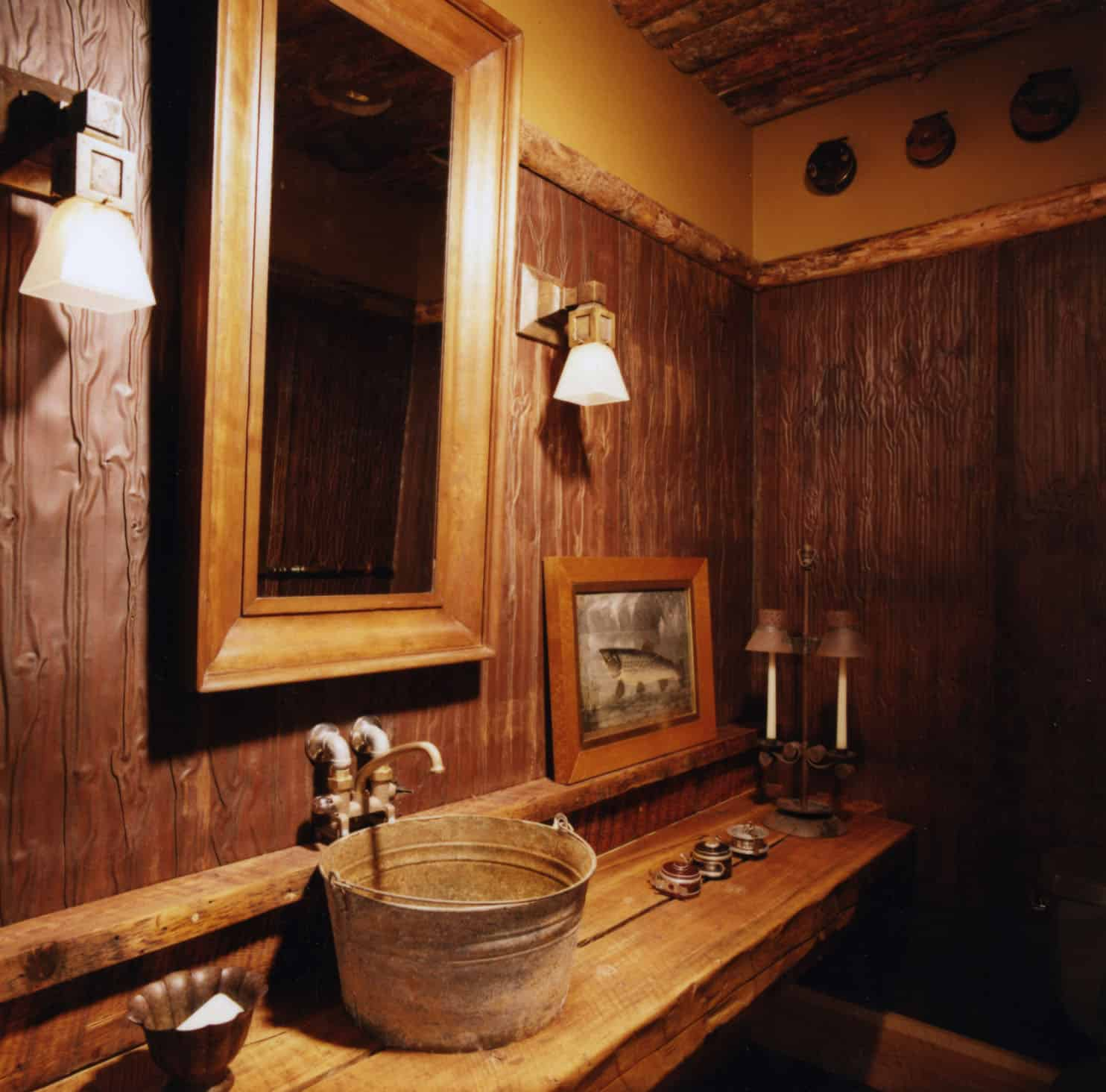 rustic-guest-cabin-bathroom