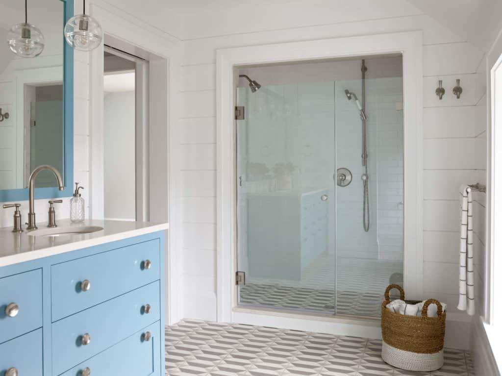 seoska kuća-kupaonica