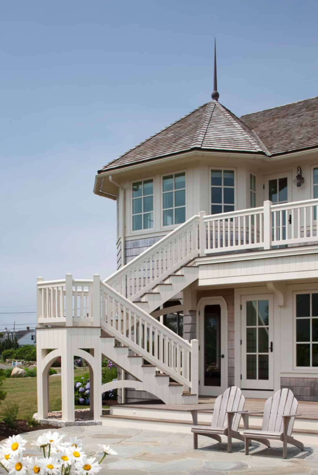 shingle-style-beach-house-exterior