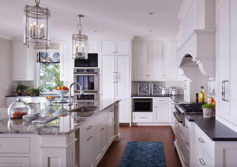 refined-lakeshore-cottage-kitchen