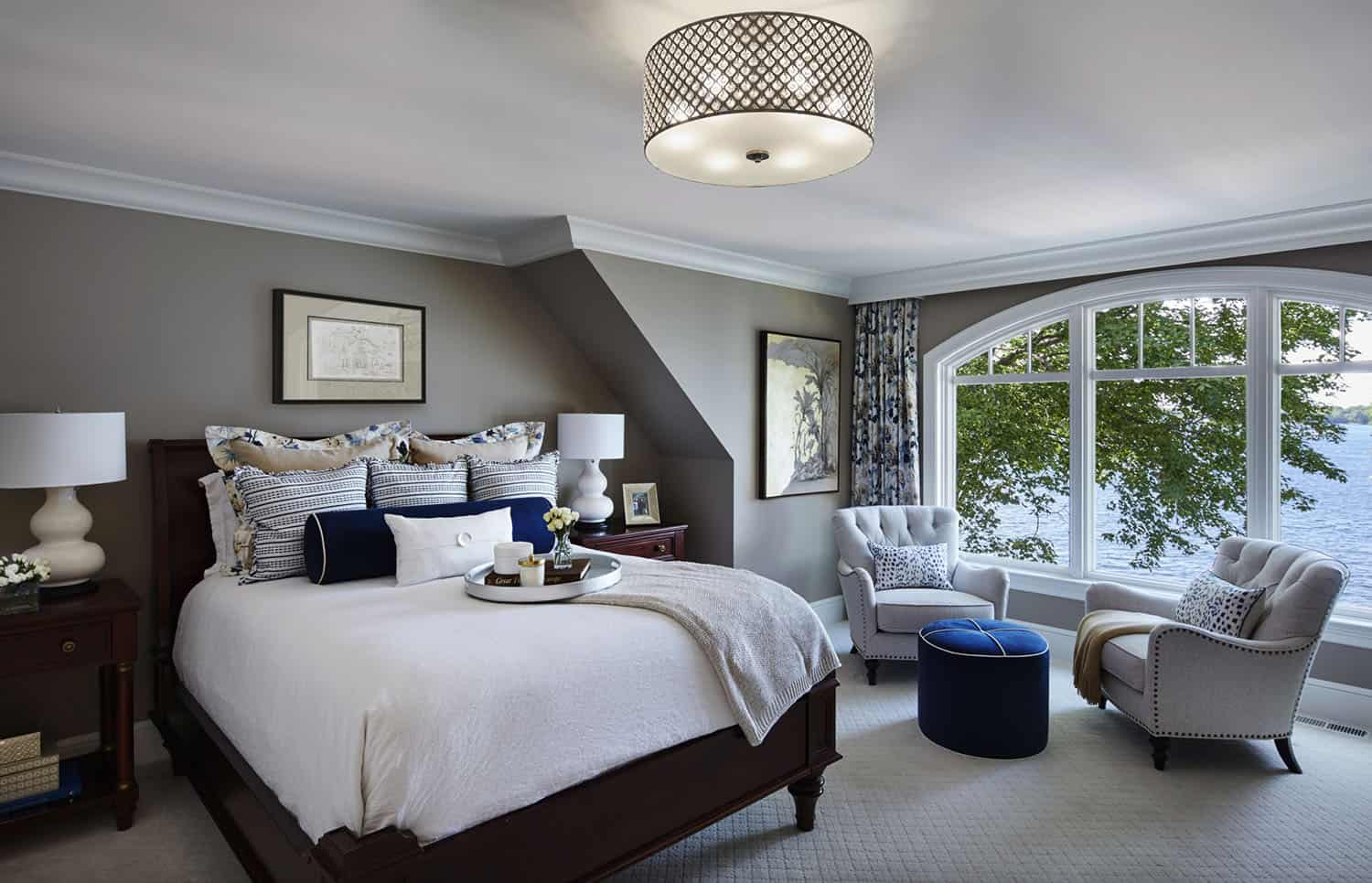 refined-lakeshore-cottage-bedroom