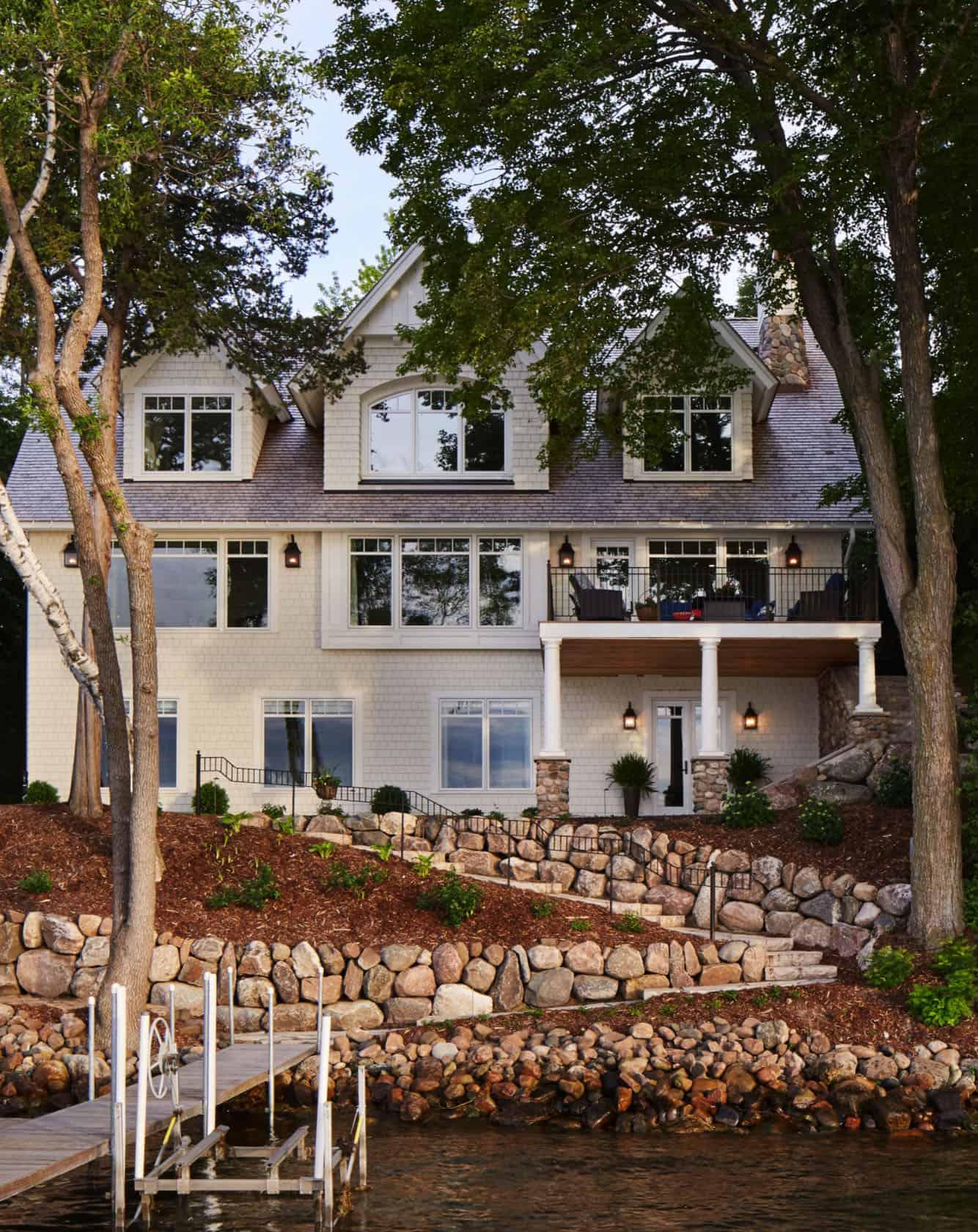 refined-lakeshore-cottage-exterior