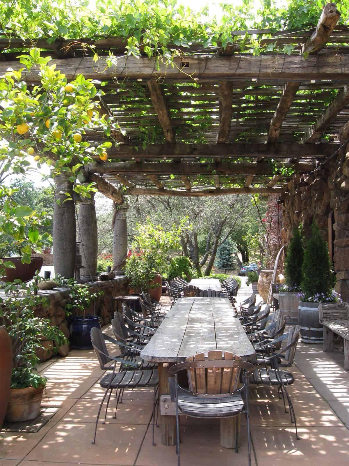 pergola-design-ideas-outdoor-dining
