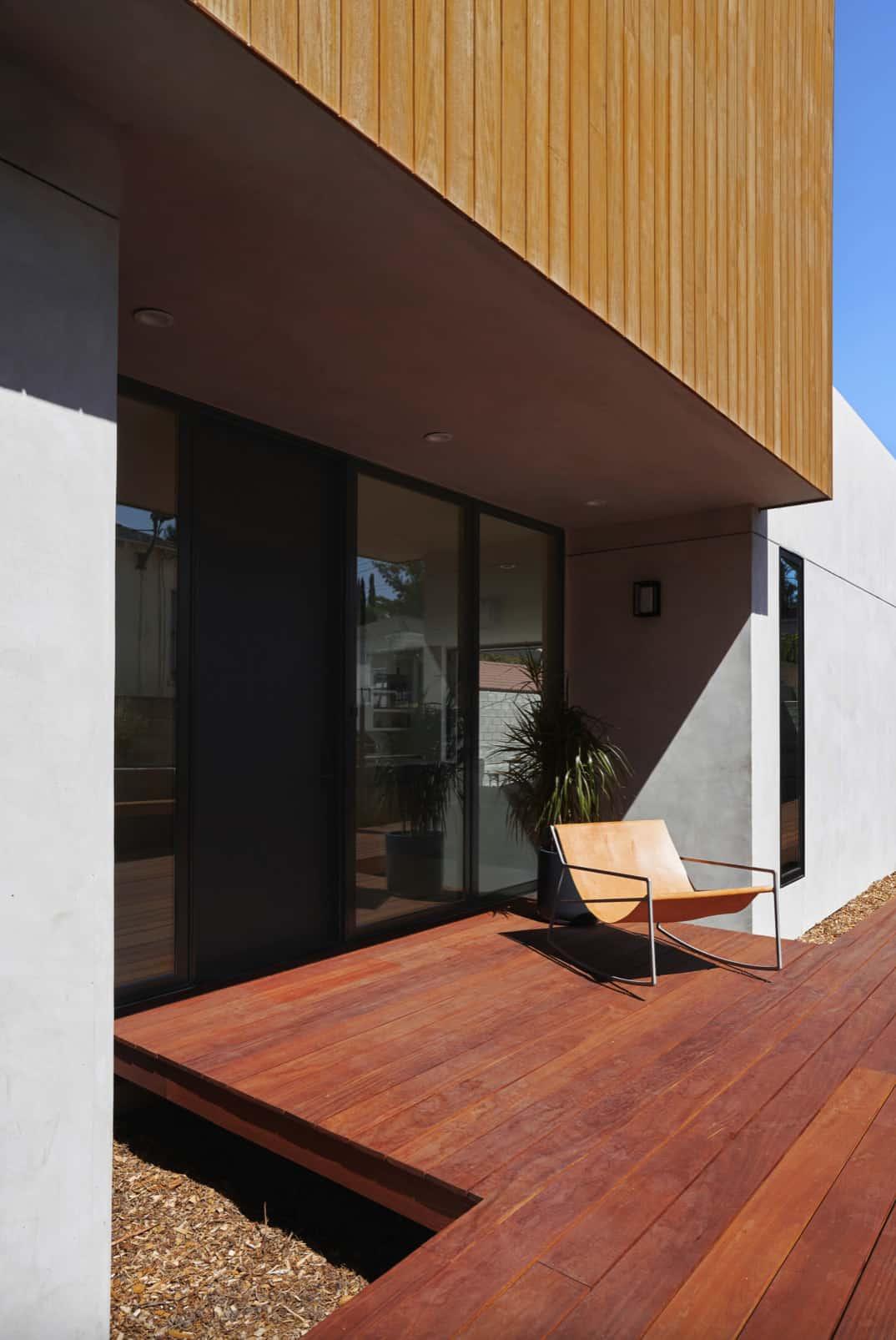 suvremeni-dom-vanjski-prednji-trijem