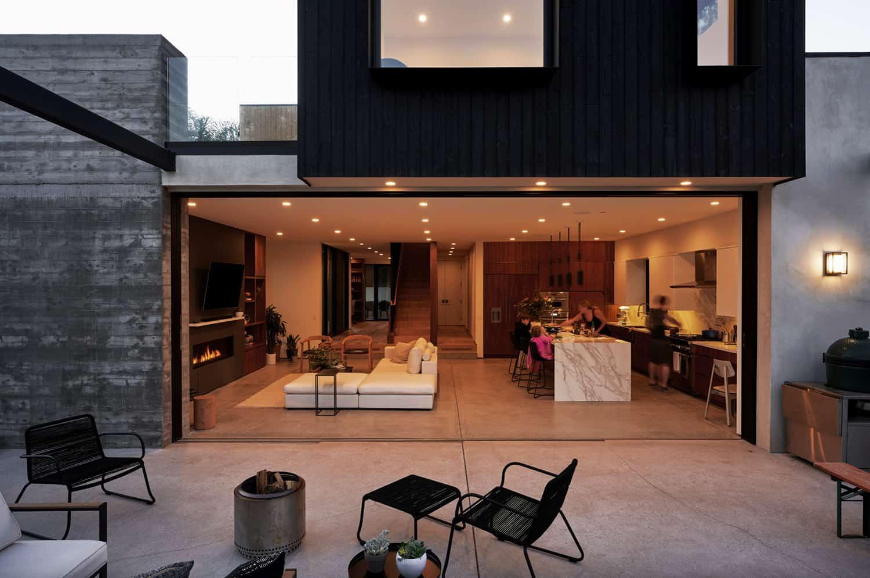suvremeni-dom-vanjski-dvorište-popločano dvorište