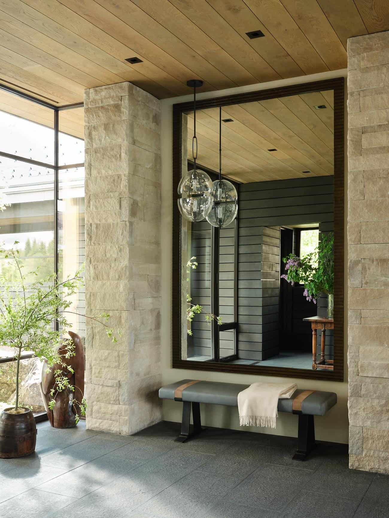 contemporary-mountain-house-entry