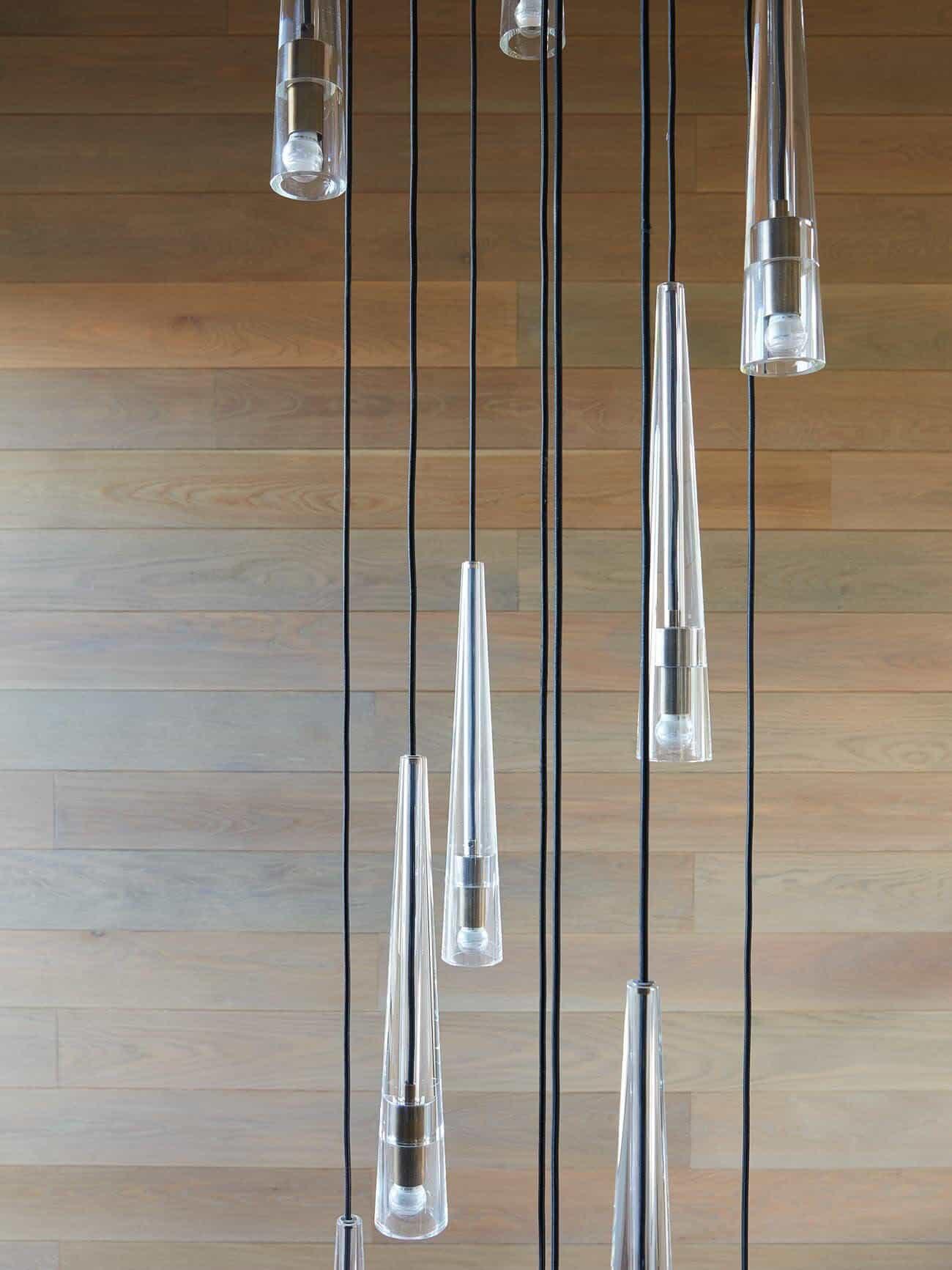 contemporary-stairwell-chandelier