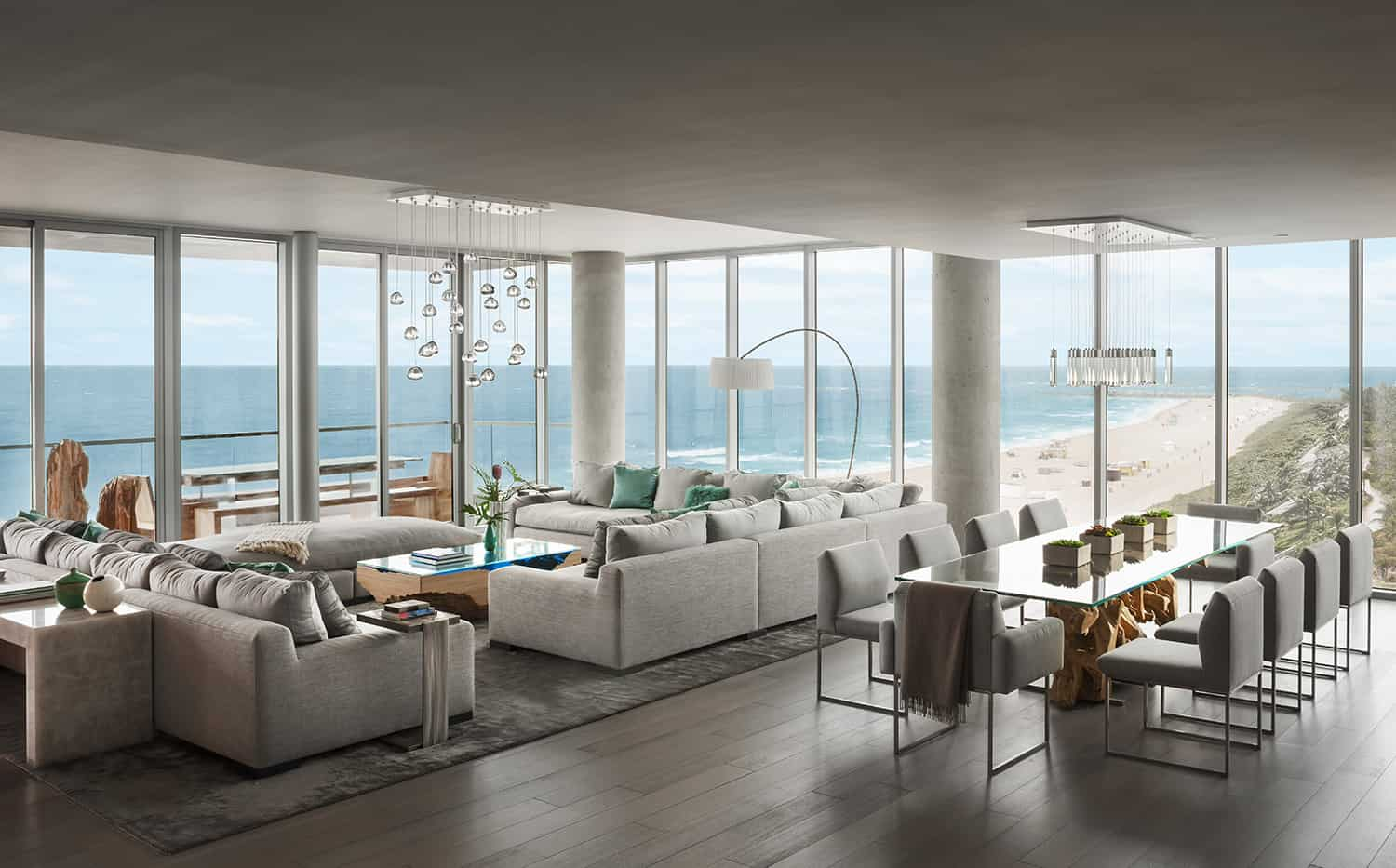 contemporary-penthouse-living-room