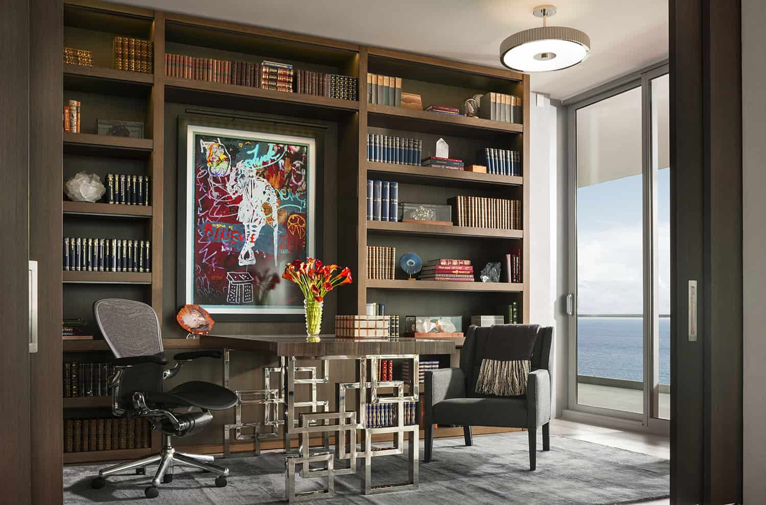 contemporary-penthouse-home-office