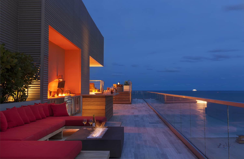 contemporary-penthouse-patio