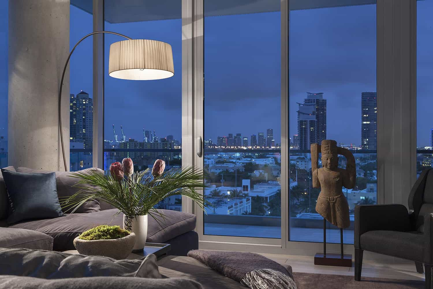 contemporary-penthouse-living-room-night