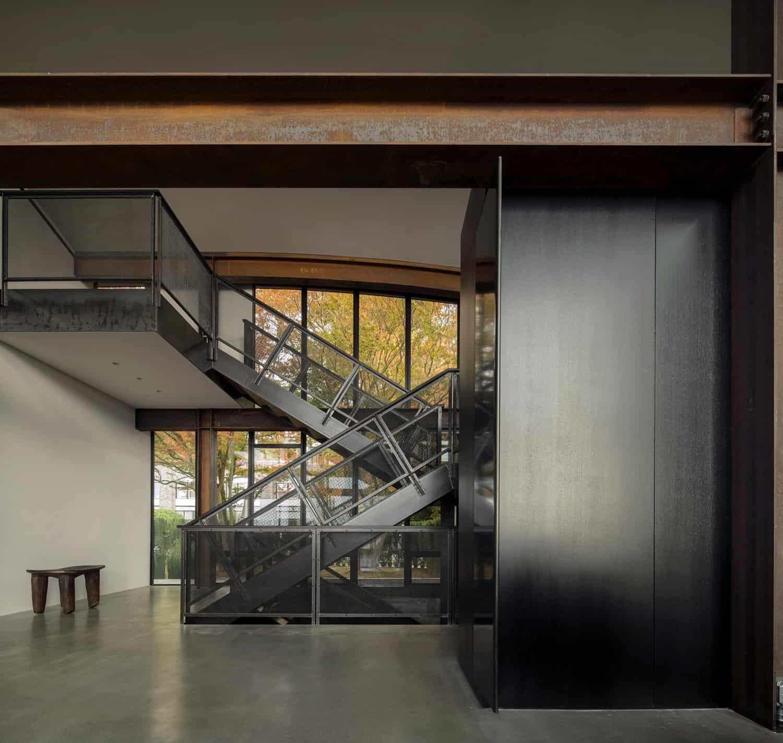 contemporary-urban-staircase