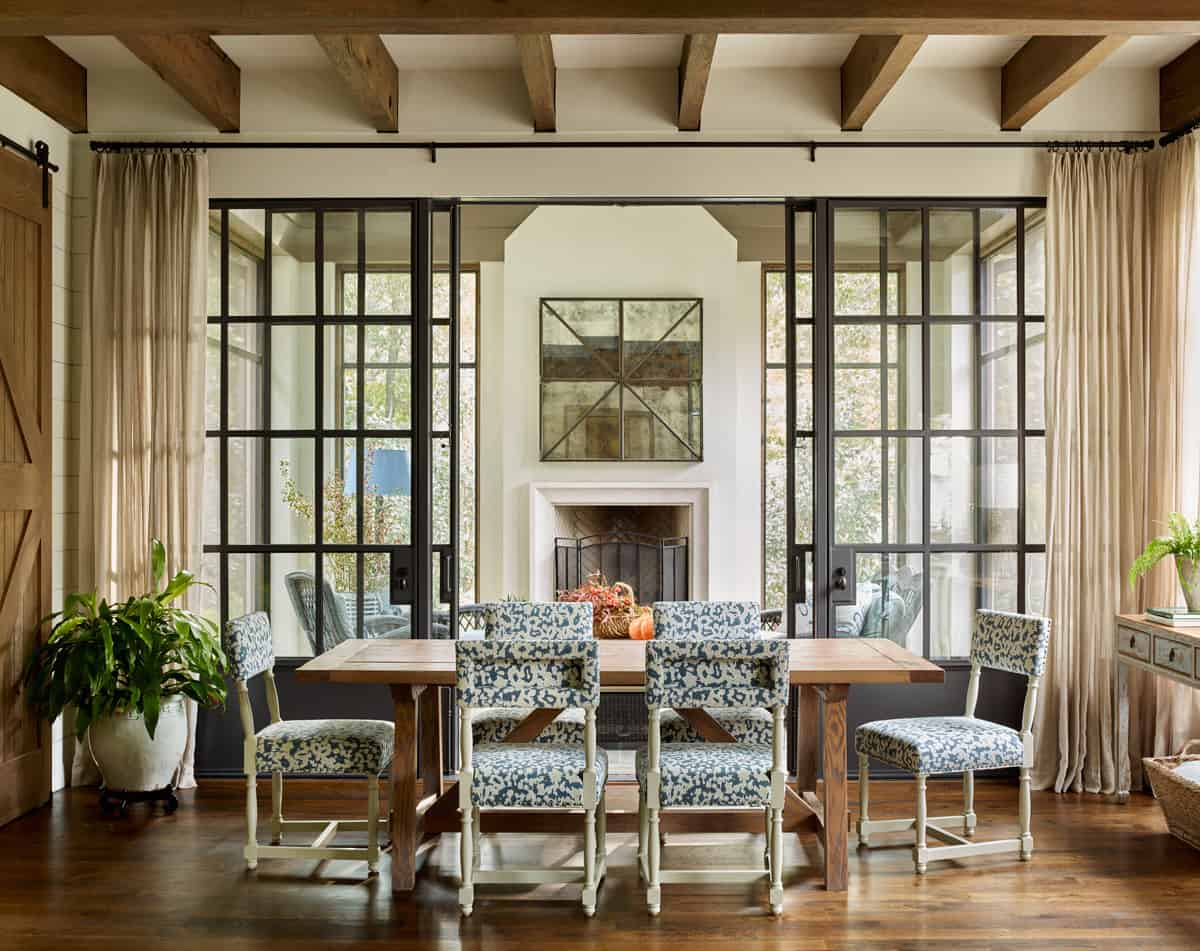 european-style-dining-room