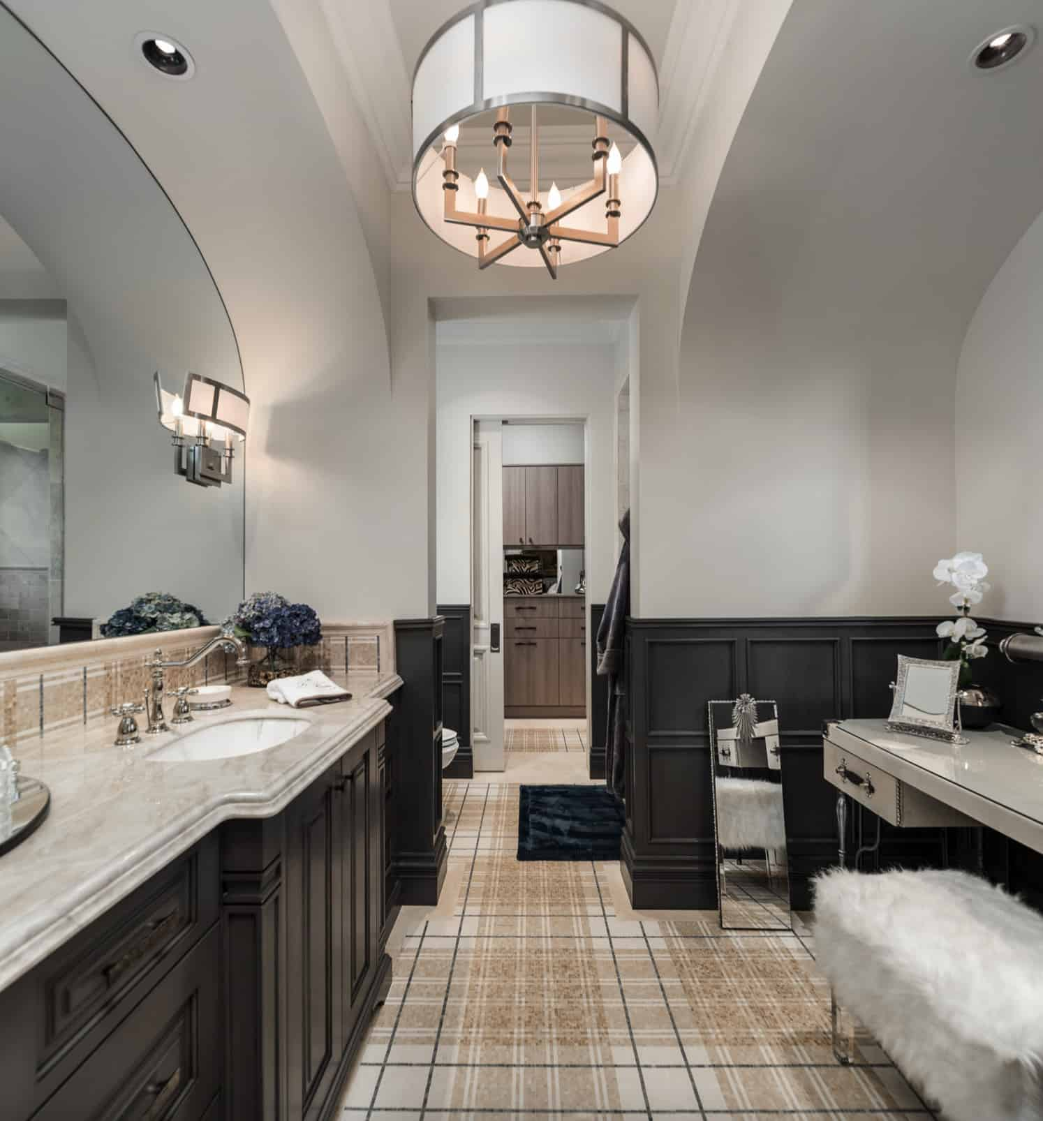 shabby-chic-style-guest-bathroom