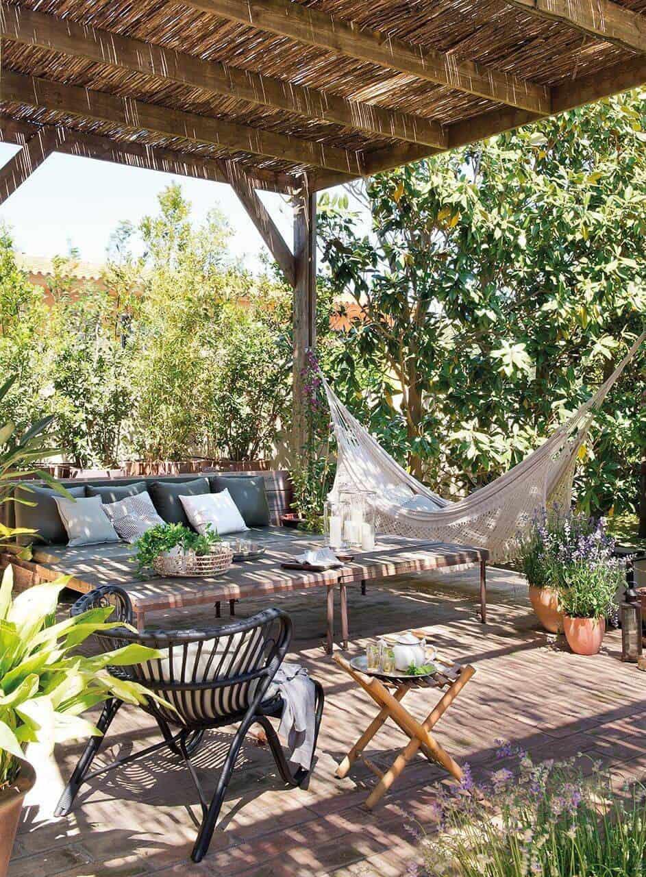 bohemian-chic-outdoor-terrace