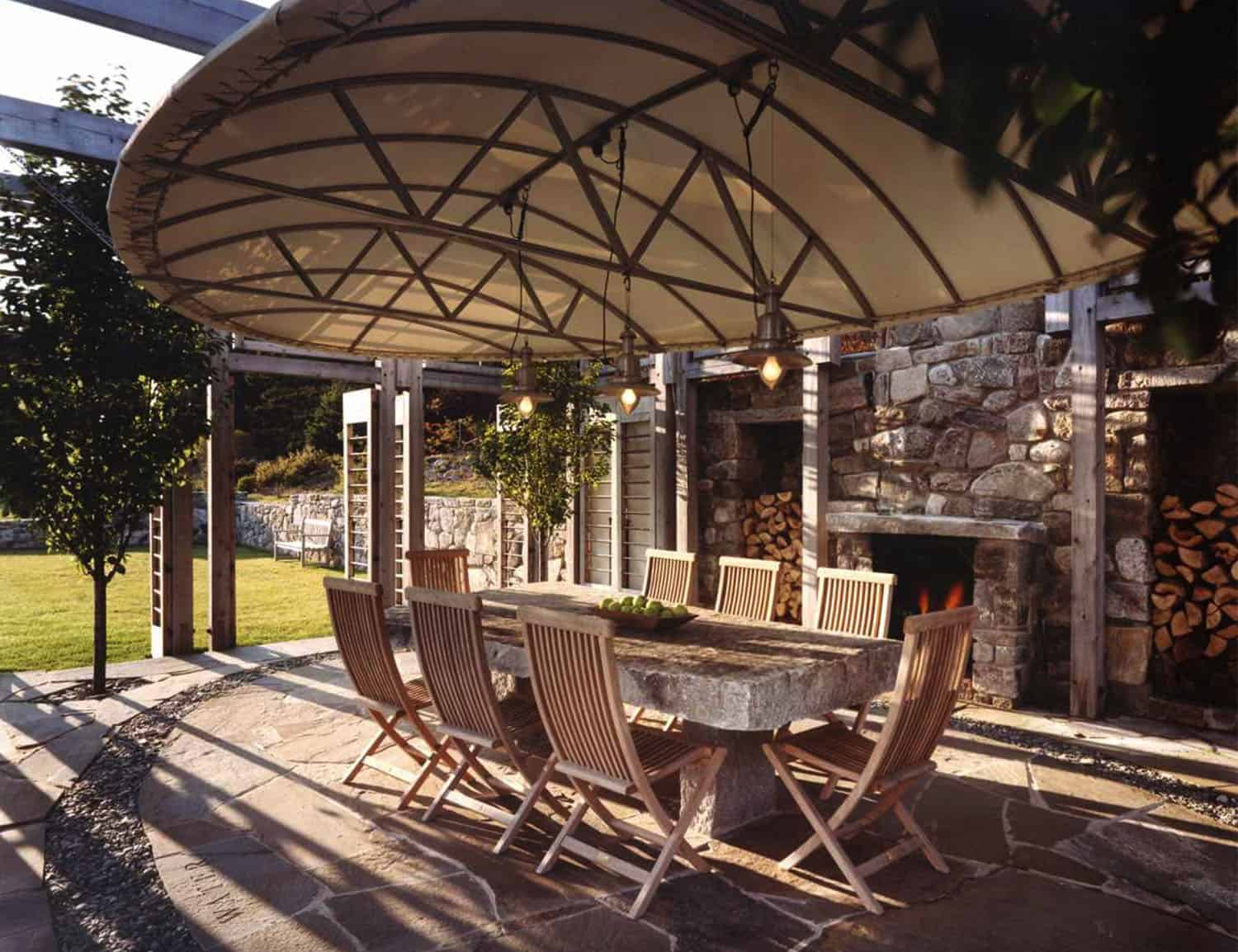 outdoor-dining-shade-canopy
