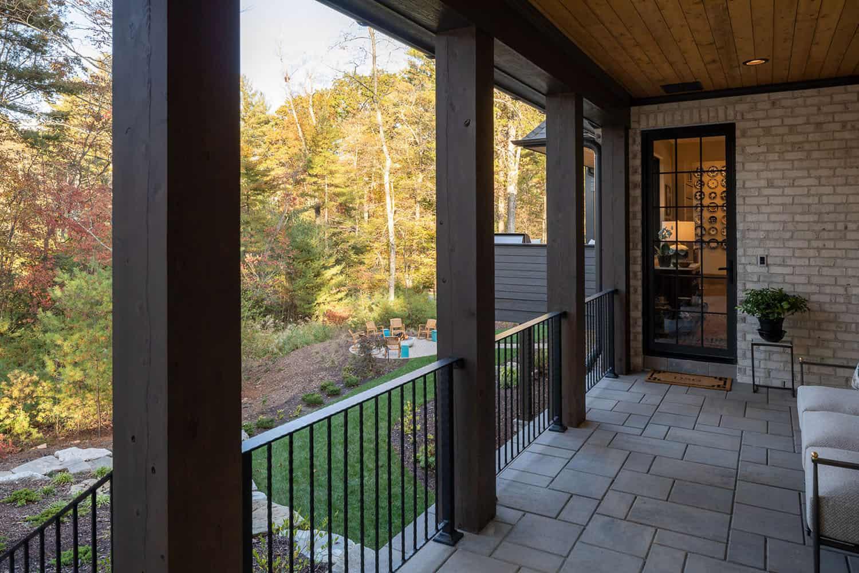 French-contemporary-balcony