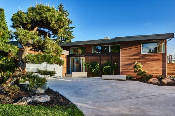 featured posts image for Midcentury home in Seattle receives an incredibly inspiring makeover