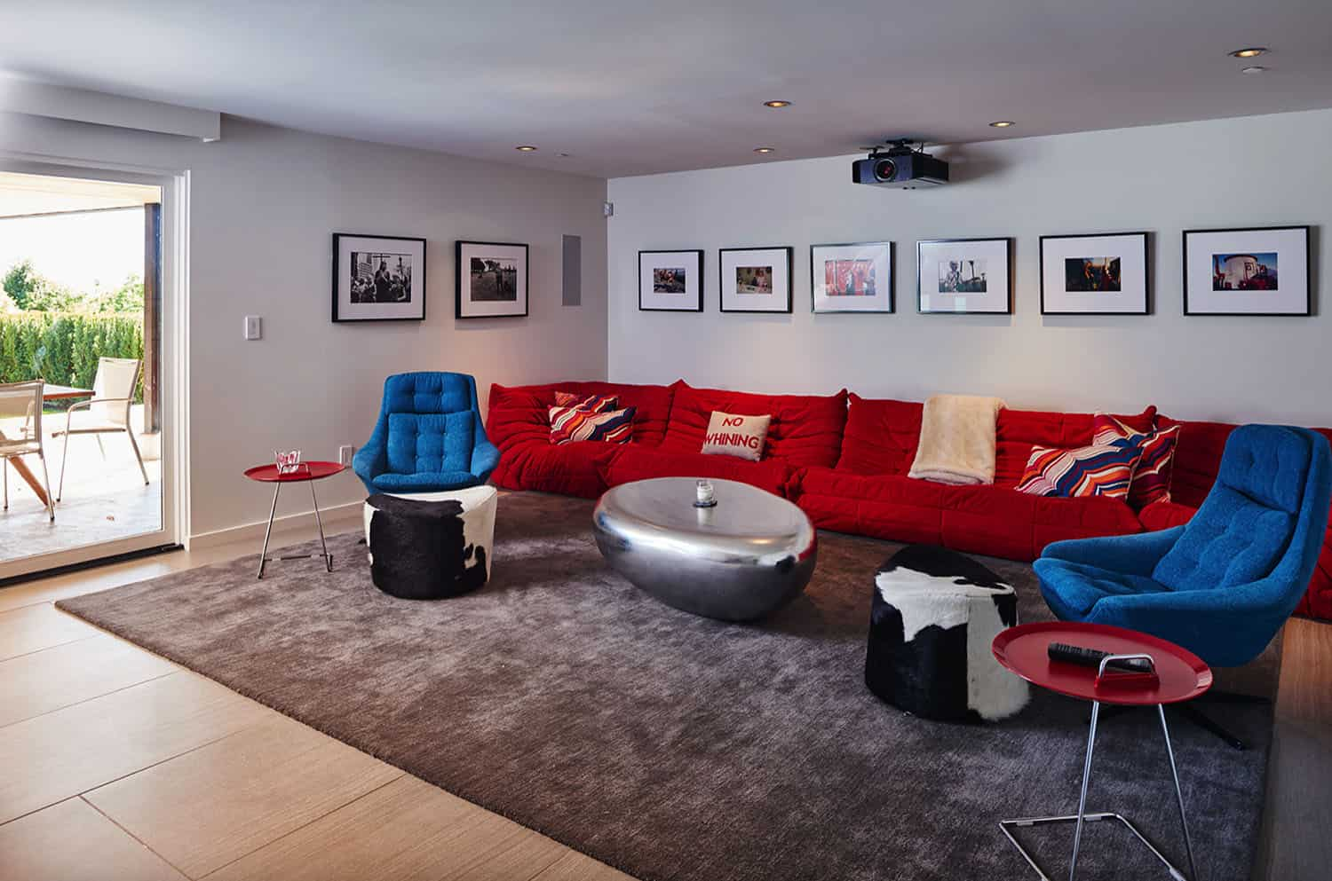 midcentury-home-theater