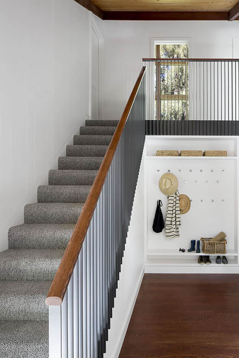 midcentury-staircase-mudroom