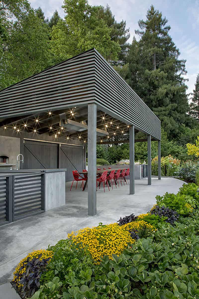 midcentury-outdoor-kitchen-pavilion