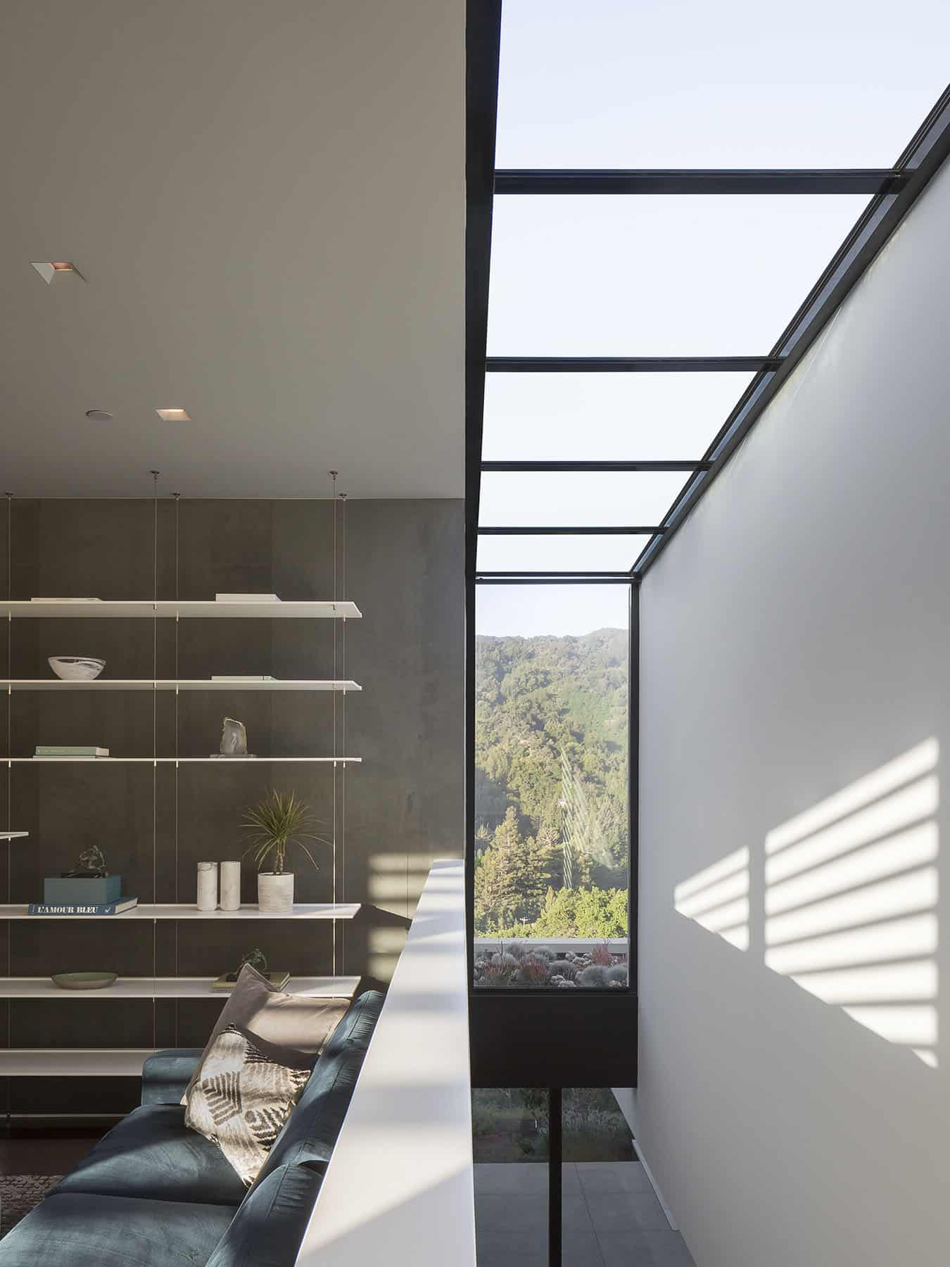 moderna-obiteljska-soba-krovni prozor-detalj