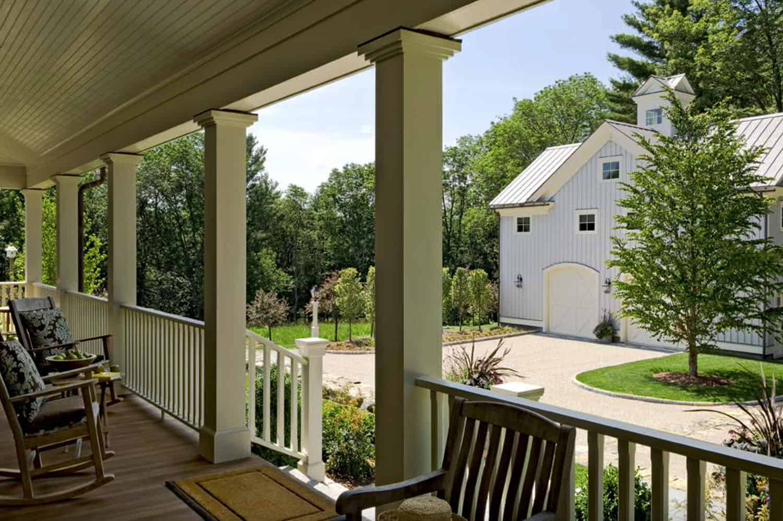 farmhouse-front-porch