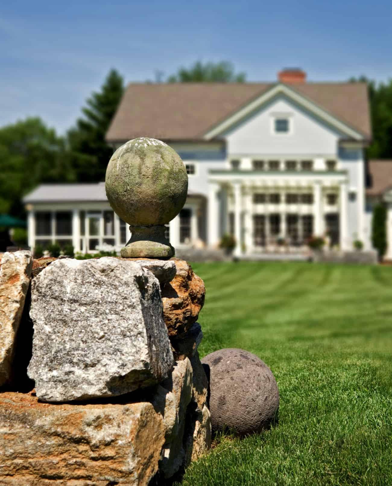 farmhouse-exterior