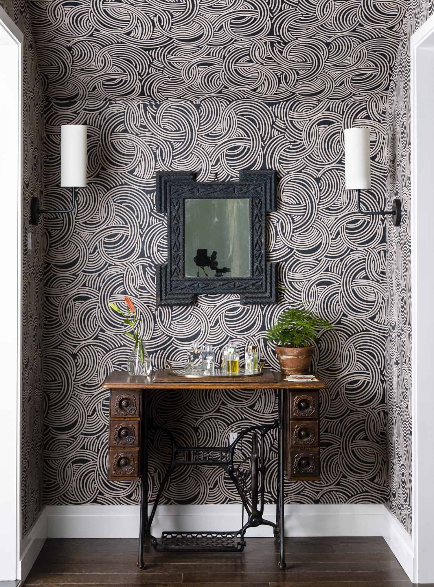 modern-hallway-with-table-mirror-wall-sconces