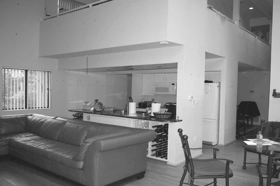 modern-lake-house-kitchen-before-the-renovation