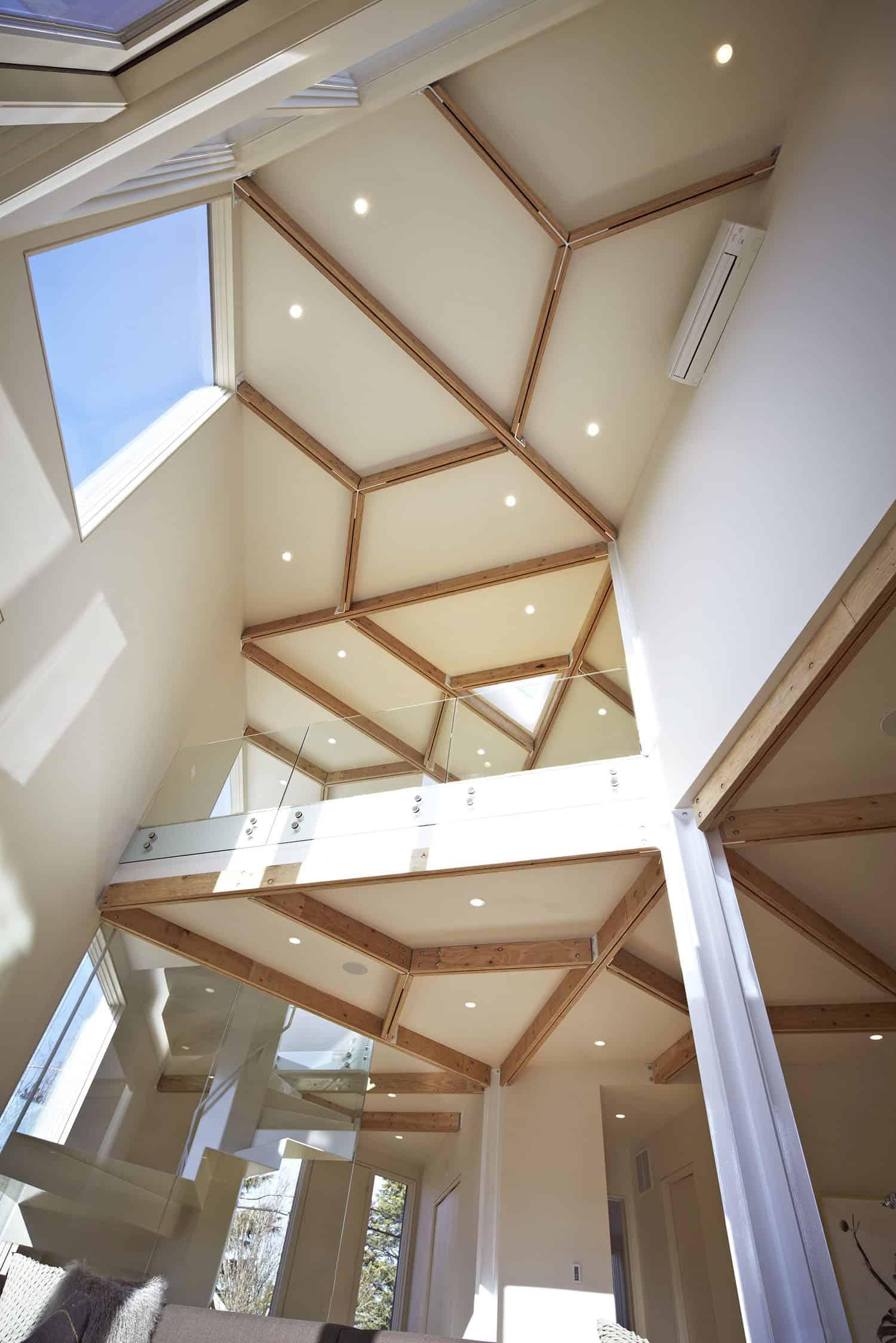 moderno-montažni-dom-strop-detalj