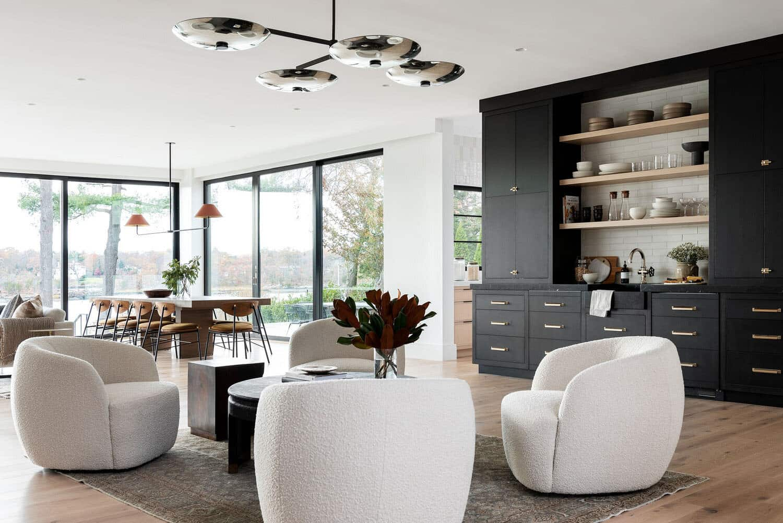 modern-waterfront-home-bar