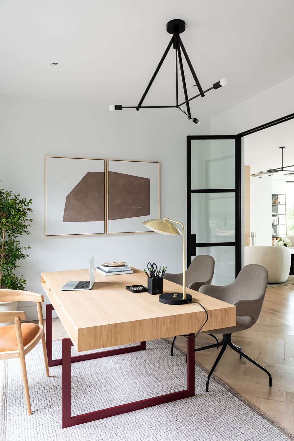 modern-waterfront-home-office