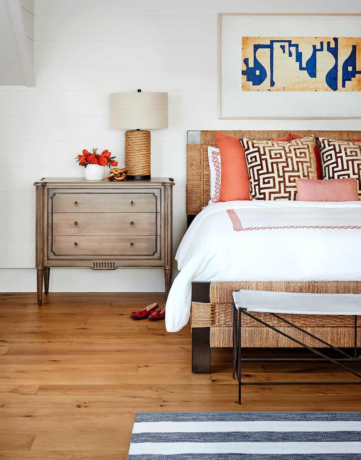 modern-entertainment-barn-guest-house-bedroom