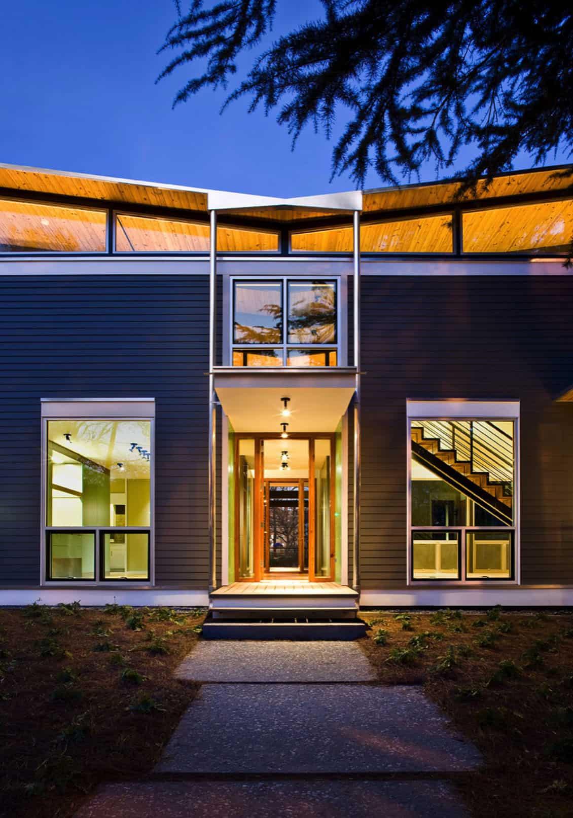 leed-platina-certificirana-modernistička-kuća-ulaz