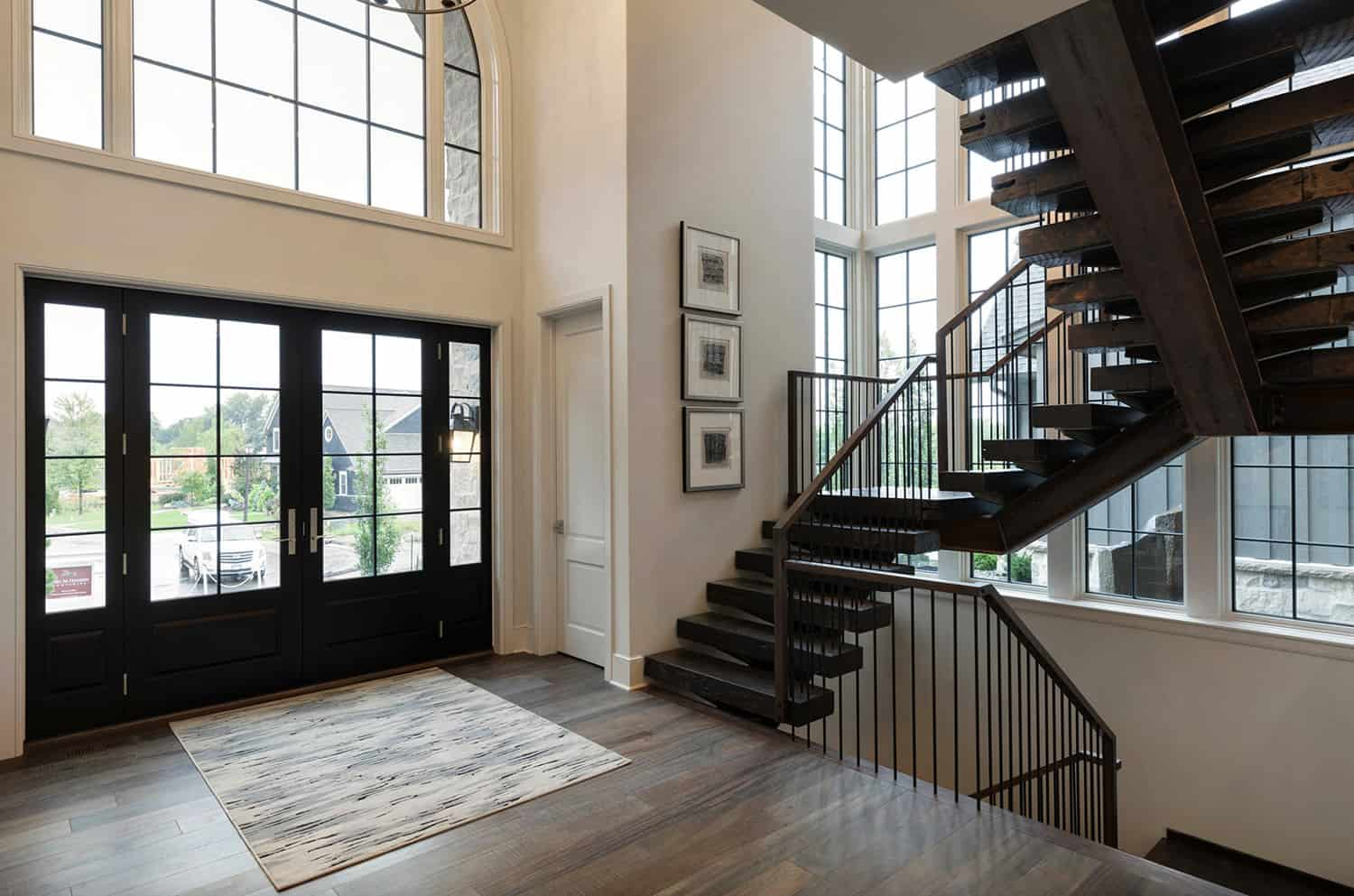rustic-home-foyer-with-staircase
