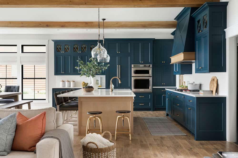 suvremena-jezera-kuća-kuhinja